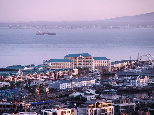 victoria-and-alfred-waterfront_cape-town.jpg
