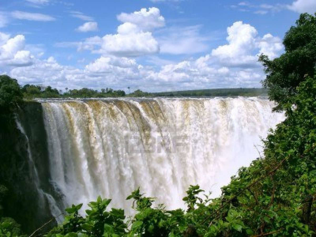 victoria-falls-zimbabwe-the-victoria-falls-in-zimbabwe-royalty-free-stock-photo-pictures-66646.jpg
